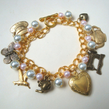 Vintage inspired charm bracelet with locket VCB025