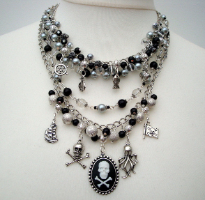 pn139 pirate charm necklace