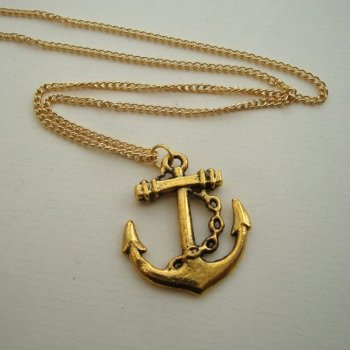 PN085 Gold anchor nautical pirate necklace
