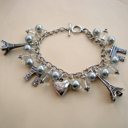 Vintage inspired Paris Eiffel Tower charm bracelet in silver VCB024