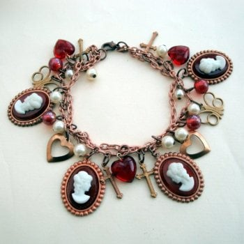 Cameos & Pearls Victorian style Vintage charm bracelet VCB001