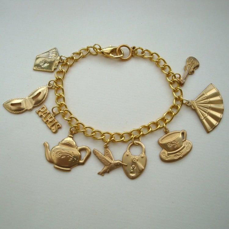 Brass charms vintage style bracelet VCB022