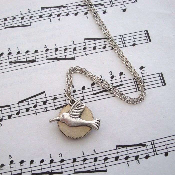 SN009 Steampunk Hummingbird Cog necklace