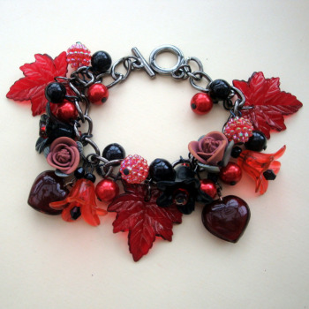 Red & Black floral charm bracelet CCB024