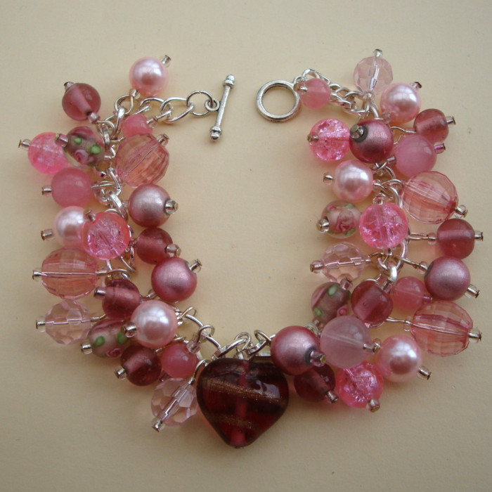 'Perfect Pink' beaded handmade charm bracelet CCB016