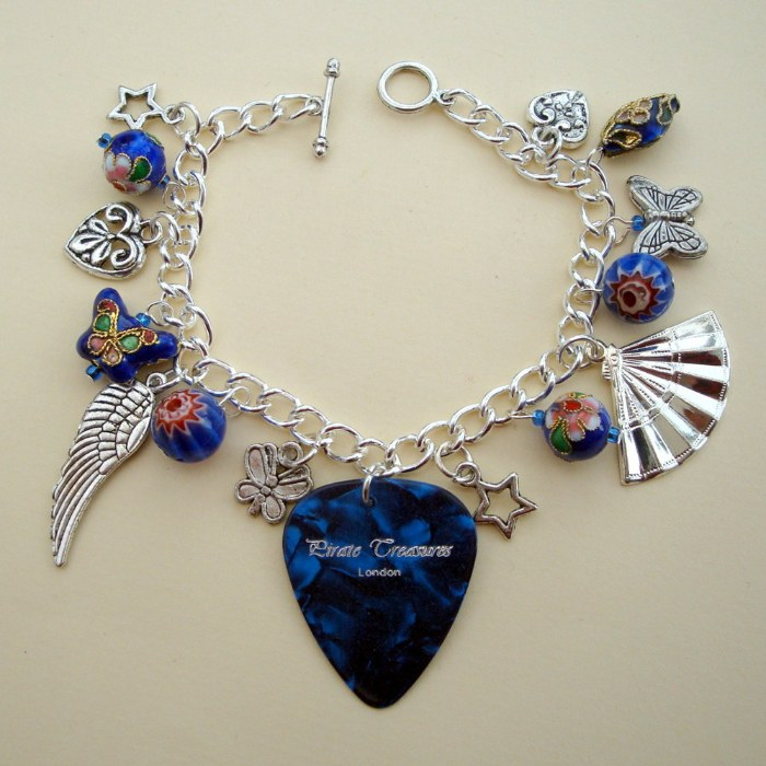 Blue plectrum charm bracelet, with silver charms and blue beads CCB029