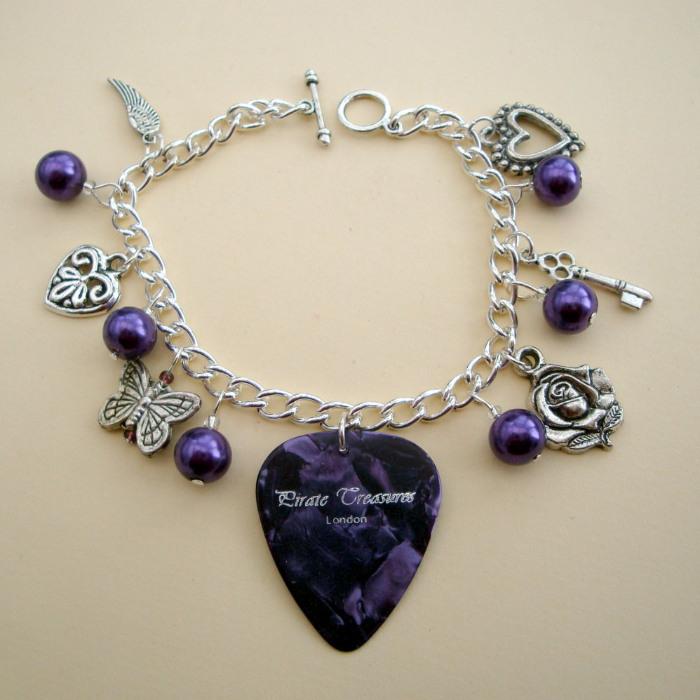 Purple plectrum and beads charm bracelet CCB030