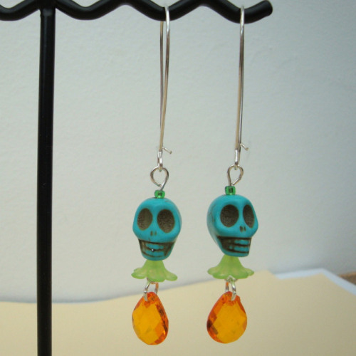 CE019 Day of the Dead skull earrings