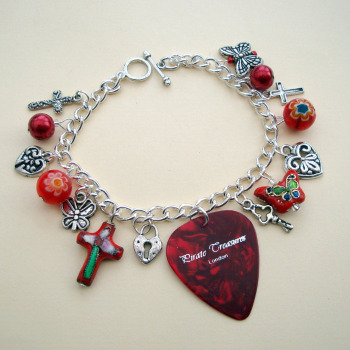 Red plectrum charm bracelet CCB028