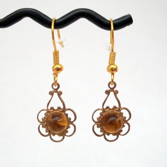 Vintage brass & citrine charm earrings VE003