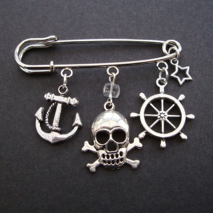 PKP004 Silver charms pirate kilt pin brooch