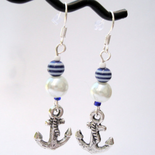 PE041 Nautical anchor pirate charm earrings