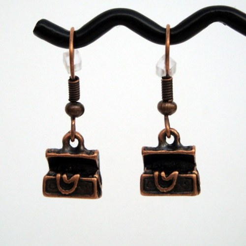 PE039 Pirate treasure chest earrings