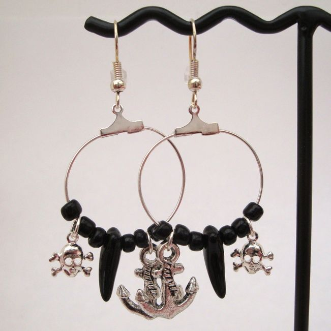 PE023 Black & silver pirate hoop earrings