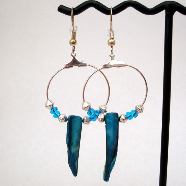 PE019 Turquoise shell tusk hoop pirate earrings
