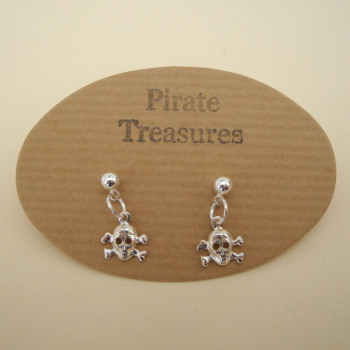 PE011 Silver pirate skull & crossbones stud earrings