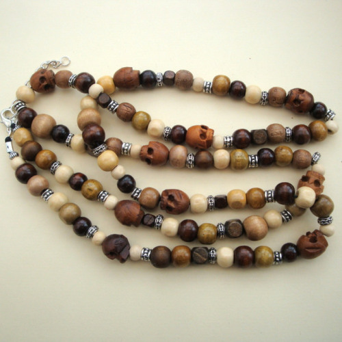 Long Wooden Beads Skulls Necklace Mn018