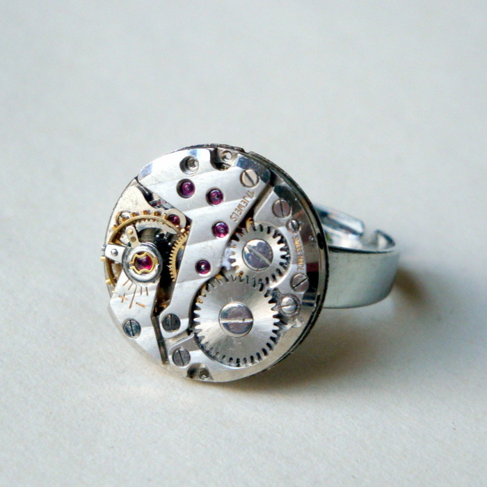 Steampunk ring with vintage watch movement SR045