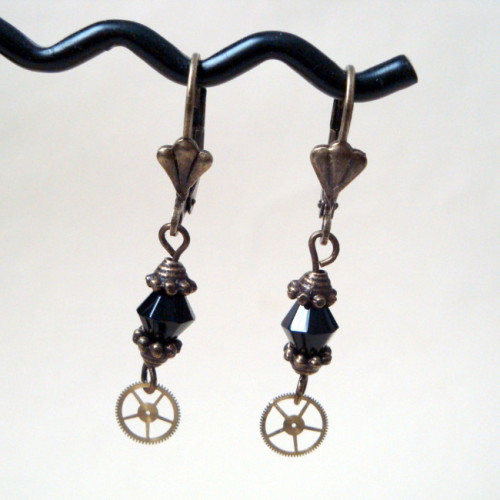 Steampunk cog and black beads earrings SE025