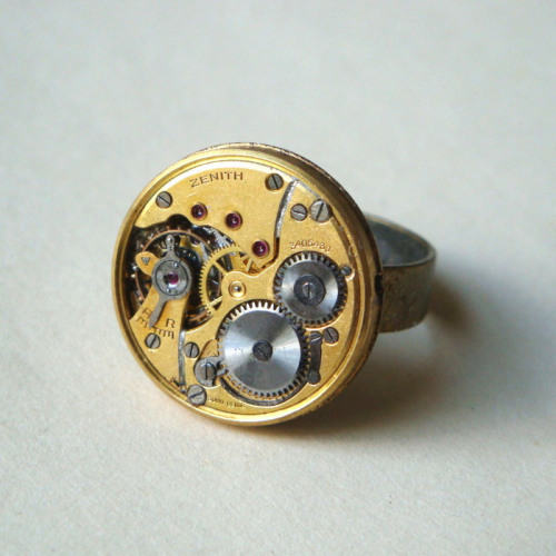 Steampunk ring with vintage Zenith watch movement SR046