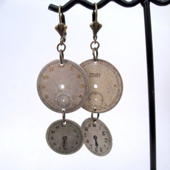 Steampunk watch face earrings SE035