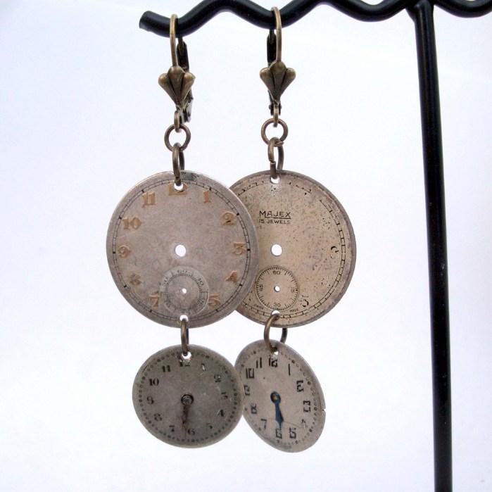 Steampunk watch face earrings SE035