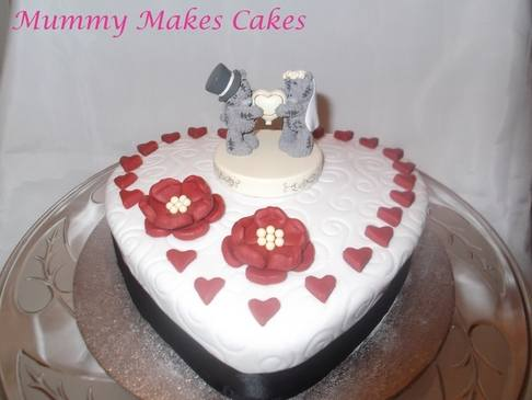 Heart wedding cake single tier