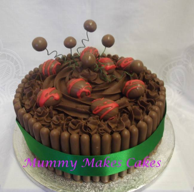 chocolate and toffee easter egg cake010