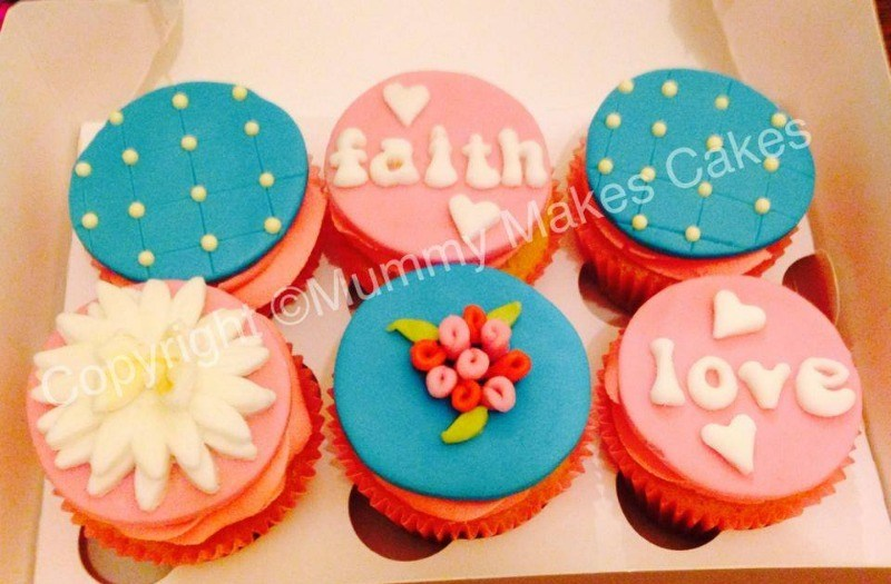 vintage breast cancer cupcakes