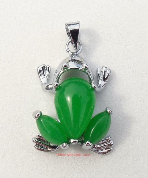 frog pendant jade crystal tibetan silver plate
