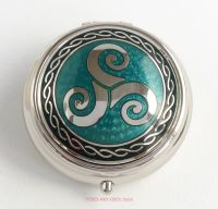triskele triskelion pill box green by Sea Gems