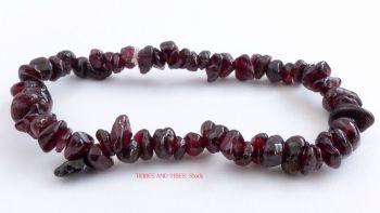 Garnet Crystal Chips Bracelet