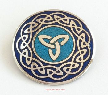 Triquetra Celtic Knotwork Brooch, 2-tone Blue