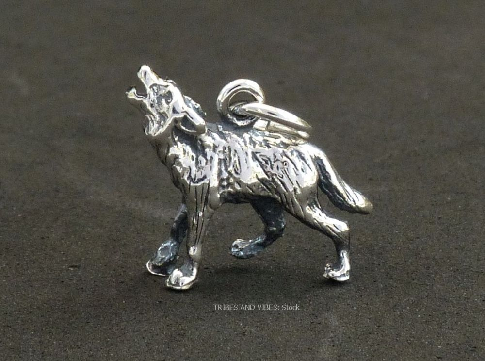 Howling Wolf Charm Sterling Silver 3D (stock)