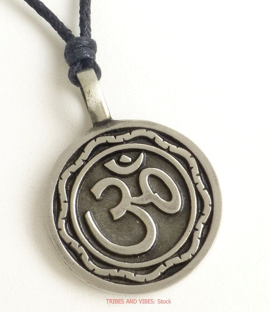 OM (Aum) Sanskrit Detailed Pendant Necklace (stock)