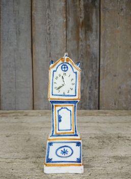 Prattware clock