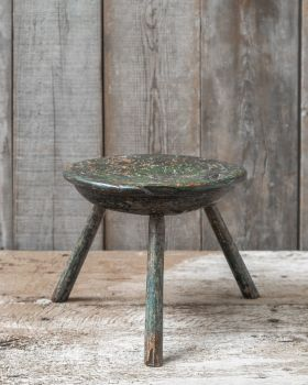Primitive dairy stool