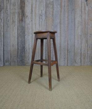 Lanky stool