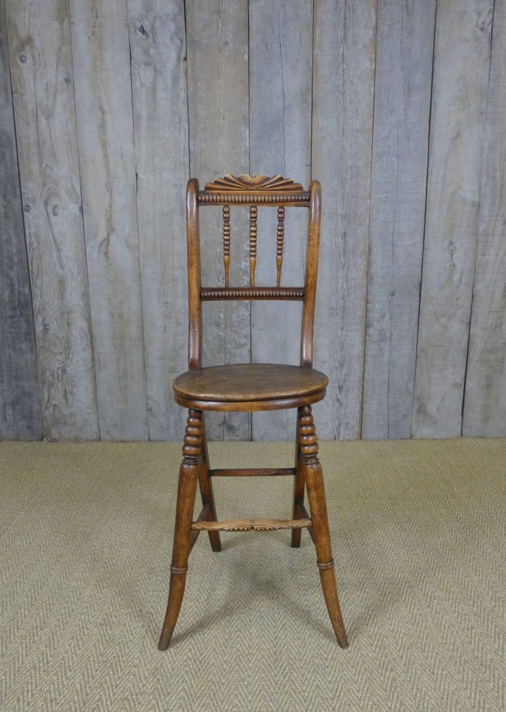 Correction chair