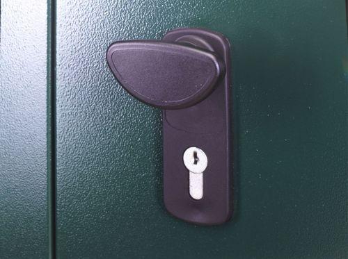 5_x_11_metal_shed_locking_system_1