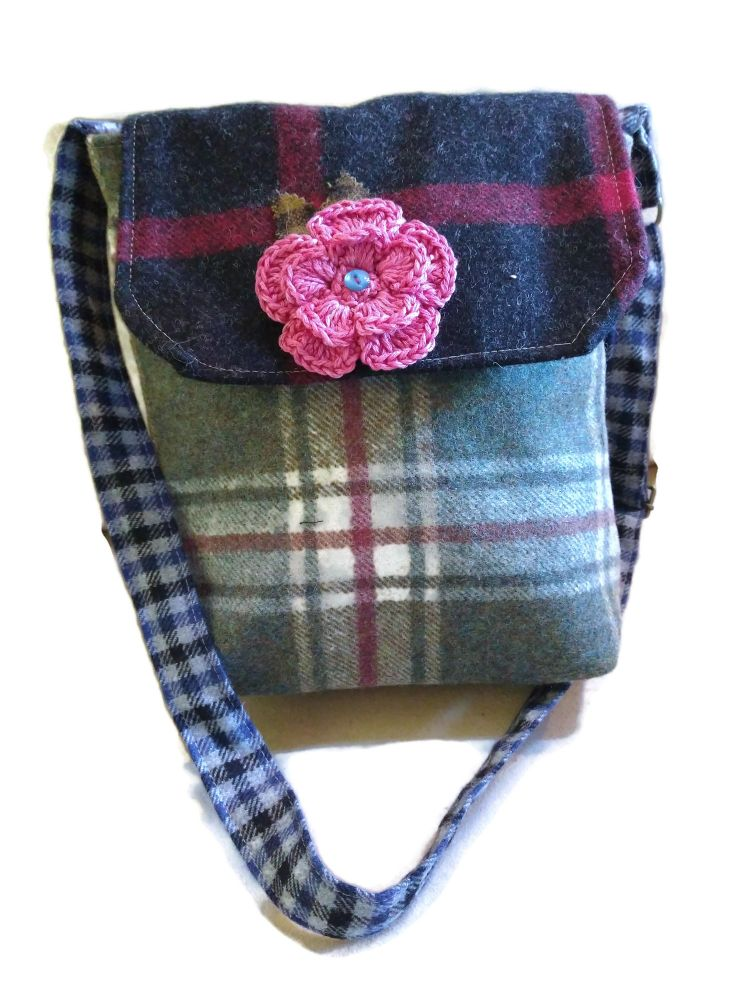 Tweed Queen Messenger Bags