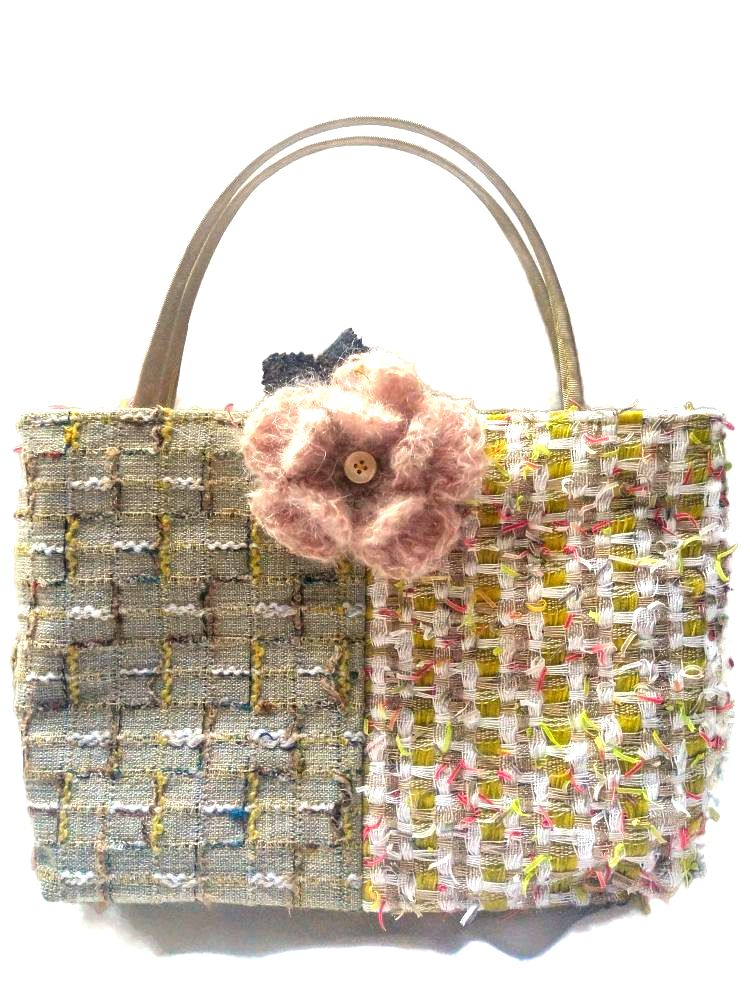 Tweed Queen Medium Bags