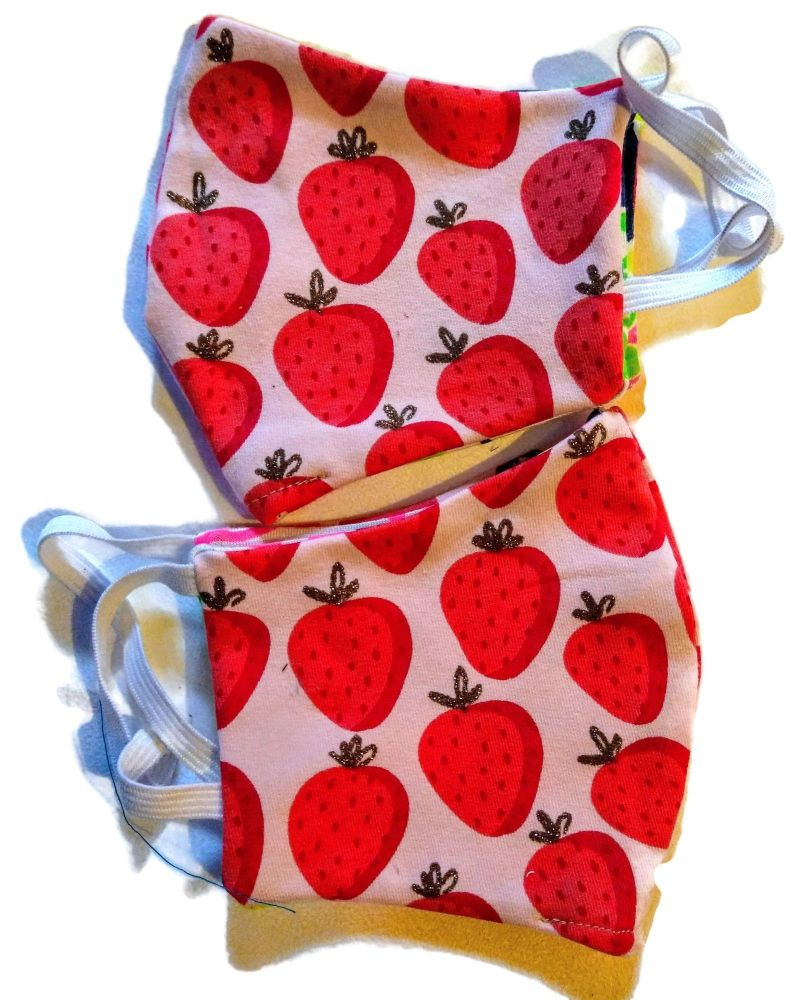 5  Tweed Queen Facemasks - Strawberry Shortcake