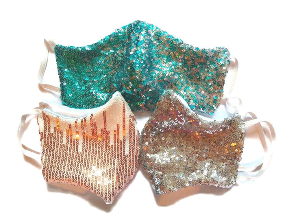 3 Tweed Queen Facemasks - Lola