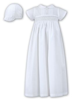 White short sleeved Boys or Unisex Christening Gown and Cap 1178