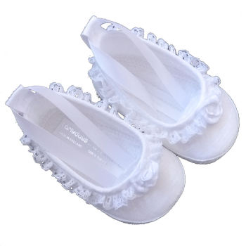 White baby pram shoes with lace edging ED024w