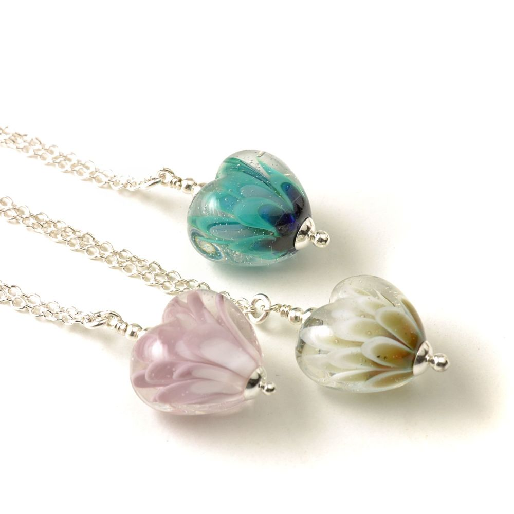 WS Petal Collection Mini Heart Necklace