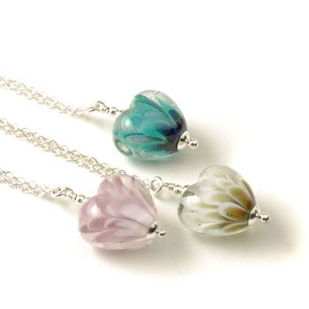 (WS) Petal Collection Mini Heart Necklace