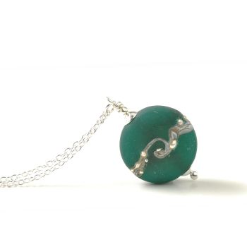 Emerald Green Twisted Silver Button Necklace - Medium