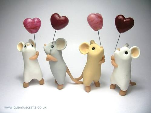 Glass_Heart_Balloon_Mice